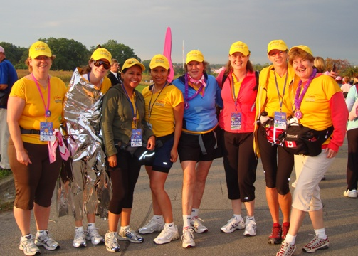 Downsview Park, Toronto, at the start of the second day of the Weekend to End Breast Cancer walk. From left to right: Cathy Fletcher, Amanda Fletcher, Fabiola Astuvilca, Rosario Astuvilca, Jane Werniuk, Catharine Shaw, Kate Armstrong, Ingrid Hann. Photo Credit: Team mate Monica Ospina