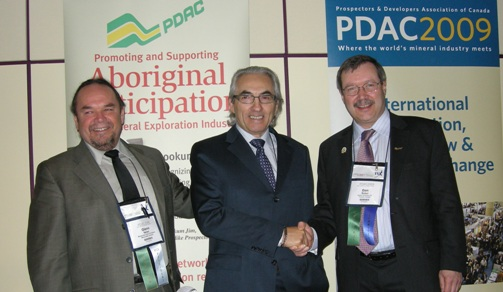 (left to right) Chief Glenn Nolan, AFN National Chief Phil Fontaine, Don Bubar-PDAC