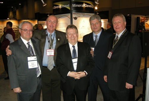 (L to R) Ontario Deputy Minister of Northern Development and Mines, Kevin Costante; Timmins Mayor, Tom Laughren; Ontario Minister of Northern Development and Mines, Honourable Michael Gravelle; Ontario Mining Association President, Chris Hodgson; Ontario Prospector Association Executive Director, Garry Clark