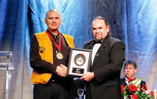 (L to R) Phillip (Jerry) Asp, PDAC Skookum Jim Award Winner; Glenn Nolan, PDAC First Vice-President.