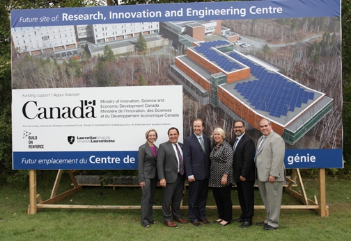 (L to R) Jennifer Witty, Chair of the Board of Governors at Laurentian University, Members of Parliament Marc Serré and Paul Lefebvre, Deputy Premier Deb Matthews, Energy Minister and Sudbury Member of Provincial Parliament Glenn Thibeault, Dominic Giroux, President and Vice-Chancellor Laurentian University.